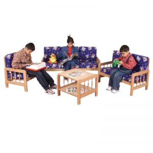 Мебели от дърво- комплект от 4 части 2385